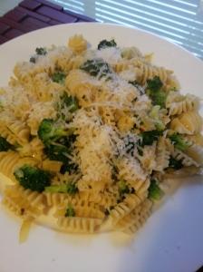Broccoli, Chili, and Artichoke Pasta